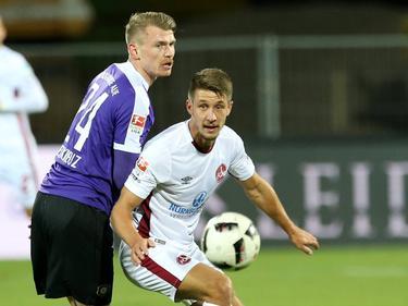 Hier noch für Nürnberg am Ball: Aalborgs neuer Stürmer Jakub Sylvestr