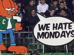 Fans von Werder Bremen protestieren gegen Montagsspiele