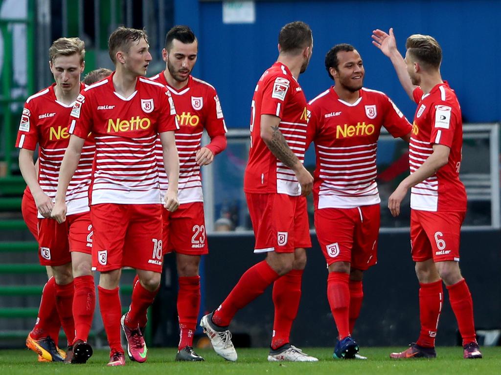 Wichtiger Auswärtssieg für Jahn Regensburg