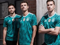 Das Auswärtstrikot des DFB-Teams soll an die WM 1990 erinnern (Bildquelle: Twitter)