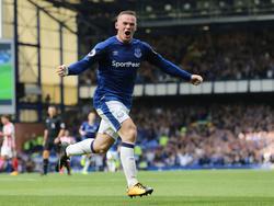 Evertons Wayne Rooney rückt am Sonntag in Manchester ins Blickfeld