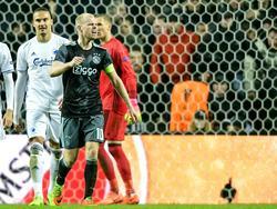 Davy Klaassen uit zijn onvrede na een beslissing van scheidsrechter Artur Soares Dias.