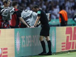 Wurde nach dem Pokal-Finale kritisert: Schiri Felix Zwayer