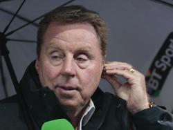 Harry Redknapp is aan het werk als analist tijdens het competitieduel AFC Bournemouth - Newcastle United. (07-11-2015)