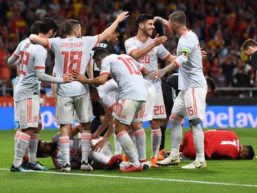 Spanien feiert im Duell der WM-Titelkandidaten einen Kantersieg gegen Argentinien