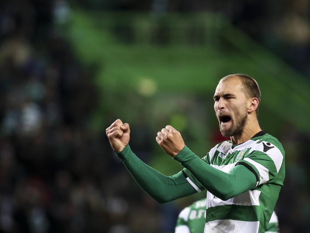 Bas Dost kan juichen na weer een doelpunten voor Sporting CP. (7-1-2018)