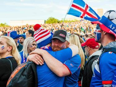 Los aficionados islandeses quieren vivir la fiesta de otra fase final. (Foto: Getty)
