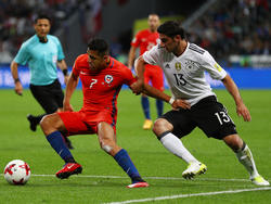Lars Stindl (r.) schoss das einzige Tor für Deutschland gegen Chile