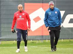 De Jong (l.) kam von Galatasaray Istanbul