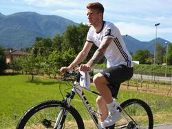 Marco Reus trainiert in Ascona auch auf dem Mountainbike
