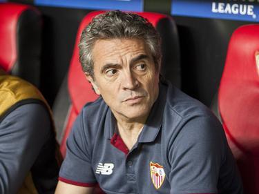 Lillo en el banquillo del Sevilla en un duelo Champions. (Foto: Imago)