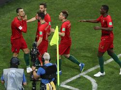 Cristiano Ronaldo posiert gegen Spanien mit der GOAT-Geste
