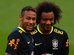 Neymar y Marcelo juntos con la Selecao. (Foto: Getty)