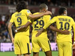 Das neue Wundertrio bei Paris: Edinson Cavani (l.), Kylian Mbappé (M.) und Neymar
