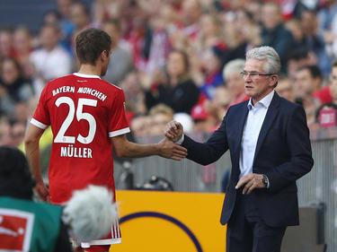 Thomas Müller unterstützt Jupp Heynckes