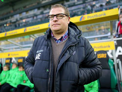 Max Eberl blickt auf das Bundesliga-Spiel beim FC Schalke 04