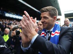 Gerrard bei seiner Präsentation bei den Rangers