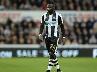Cheick Tioté pakt rust tijdens het FA Cup-duel Newcastle United - Birmingham City (18-01-2017).