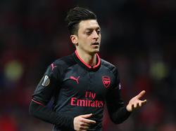 Wurde von Wenger in Schutz genommen: Mesut Özil vom FC Arsenal
