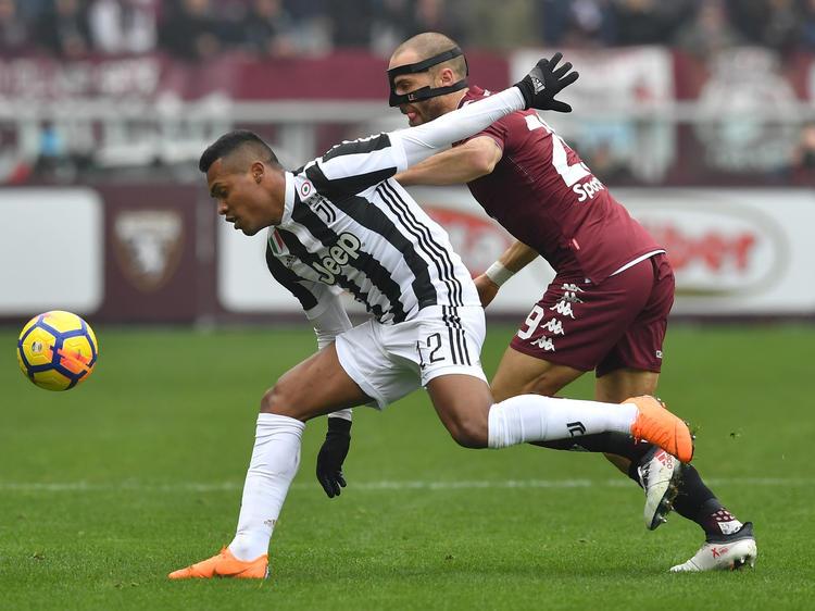 Alex Sandro (l.) erzielte den entscheidenden Treffer für Juve