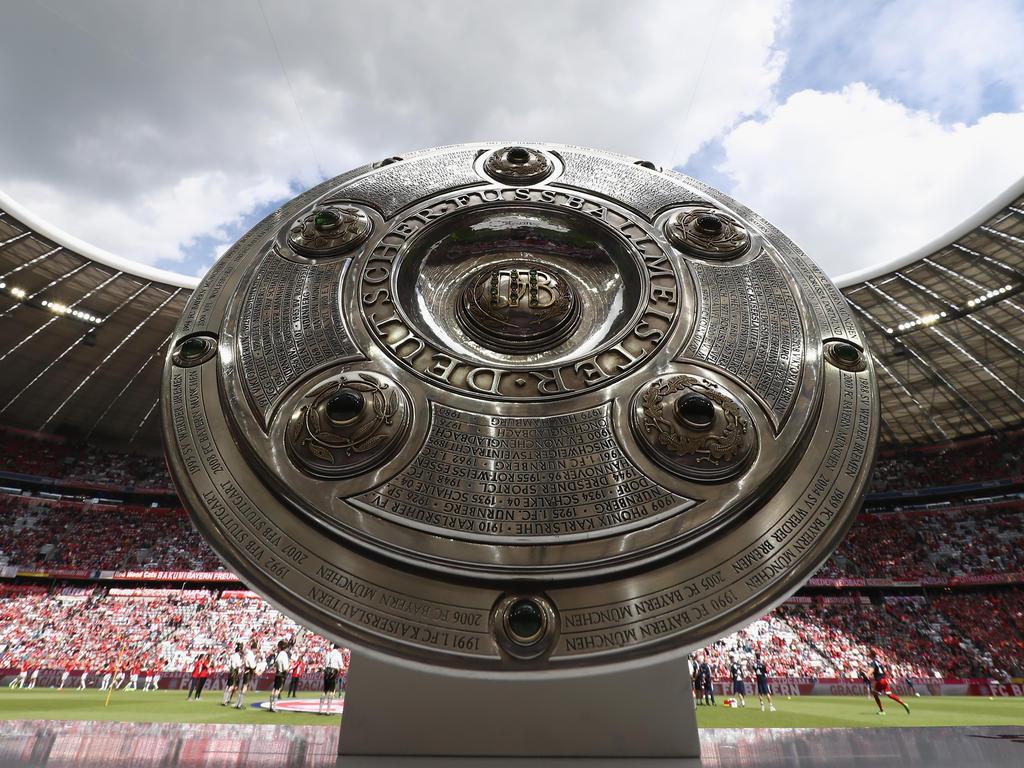 Die Meisterschale wandert auch in diesem Jahr nach München