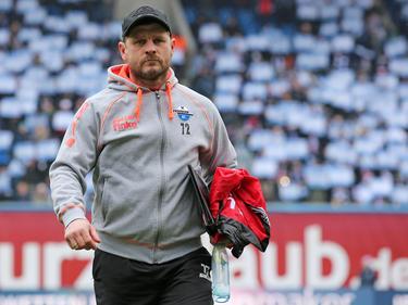 Paderborn Trainer Steffen Baumgart kann einen weiteren Neuzugang begrüßen