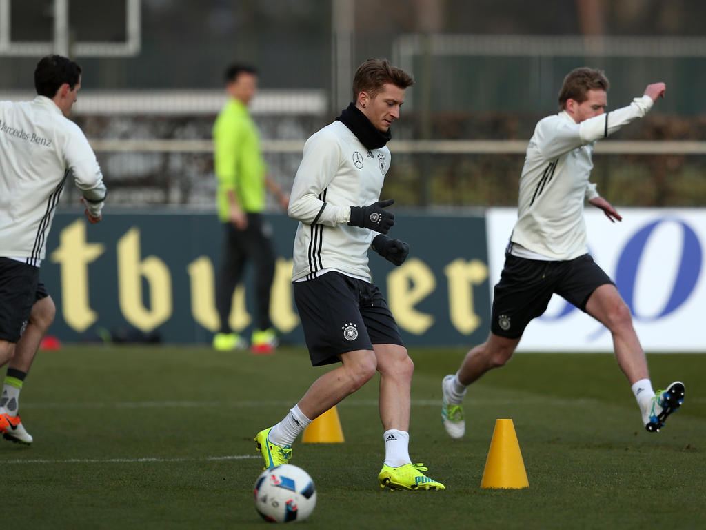 Marco Reus (M.) will auf den WM-Zug aufspringen