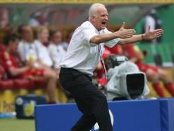 Bernd Stange soll die Syriens Nationalteam ein Jahr trainieren und auf die Asien-Meisterschaft 2019 vorbereiten