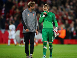 El portero del Liverpool no pudo hacer nada para parar los dos goles en contra. (Foto: Getty)