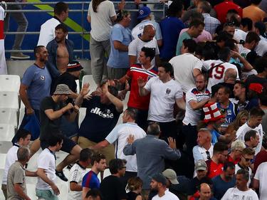 Bei der EM 2016 attackierten russische Hooligans englische Fans