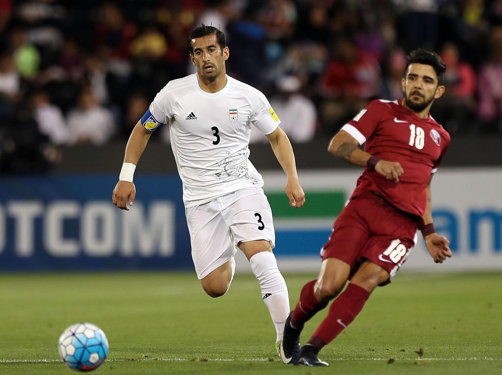 Ehsan Hajsafi (l.) wurde aus dem Nationalteam ausgeschlossen