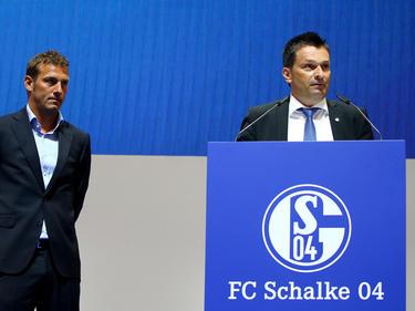 Schalke-Manager Christian Heidel (re.) hat sich zum Aus von Markus Weinzierl im Sommer 2017 geäußert