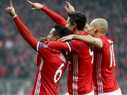 Diese drei Herren trafen gegen den FC Arsenal vierfach: Thiago, Lewandowski und Robben (v.l.)