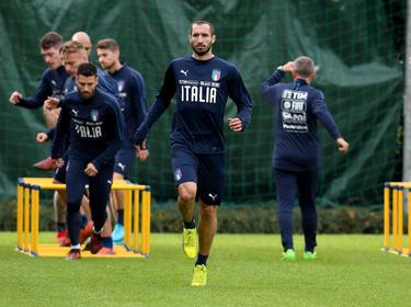 Chiellini en un entrenamiento con Italia. (Foto: Getty)