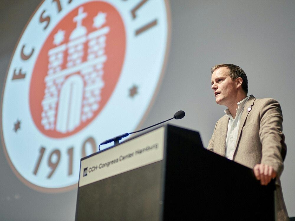Kandidiert erneut: St.-Pauli-Präsident Oke Göttlich