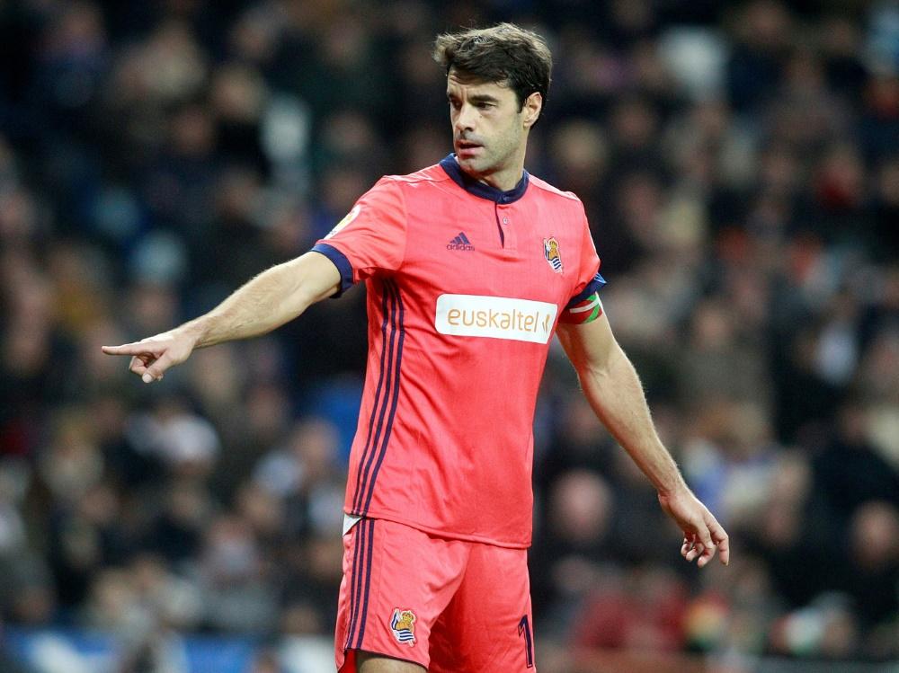Xabi Prieto wird von seinem Klub San Sebastián geehrt