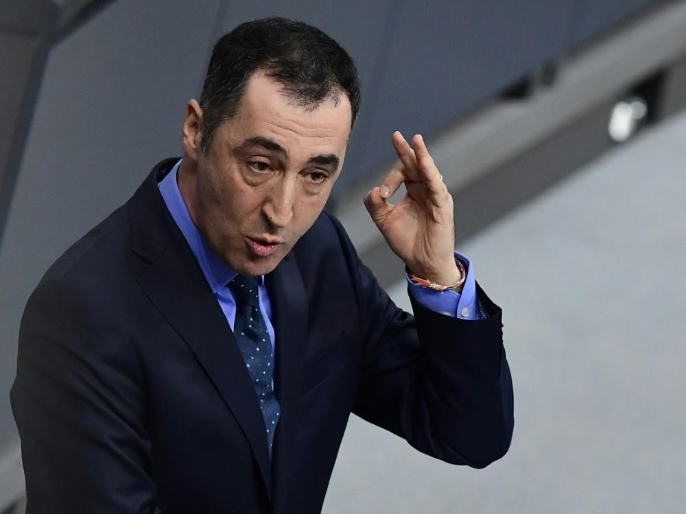 Will keine EM in der Türkei: Grünen-Chef Cem Özdemir