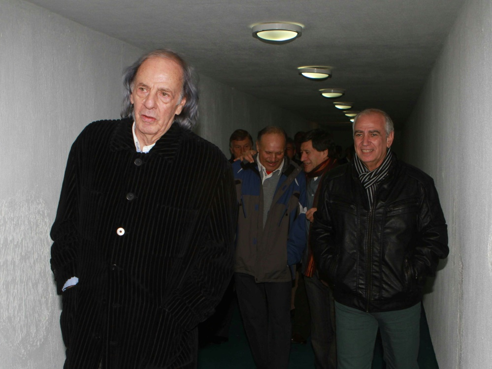 Kritik am argentinischen Fußball: César Menotti (l.)
