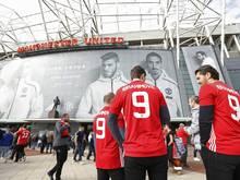 Den Fans der Red Devils wird von einer Reise im Trikot abgeraten