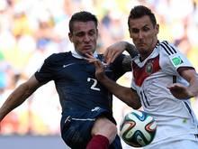 Mathieu Debuchy (l.) wechselt zum FC Arsenal
