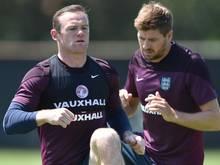 Wayne Rooney (l.) und Steven Gerrard