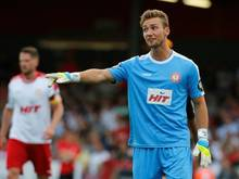 Boss unterschreibt einen Zweijahresvertrag in Dresden