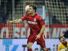 Torjäger Edmond Kapllani verlängert beim FSV Frankfurt