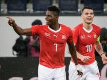 Torschütze zum 3:0: Breel Embolo (l.) und Granit Xhaka trafen für die Schweiz