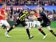 Van Wolfswinkels (M.) Tore bescheren Arnheim ersten Pokalsieg