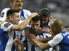 FC Porto feiert den Titel auf der Couch