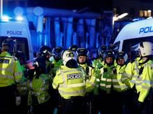 Londoner Polizei nimmt vier Personen fest