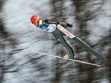 Karl Geiger startet als vierter Skispringer bei Olympia