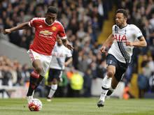 Fosu-Mensah aan de bal in het duel met Tottenham Hotspur