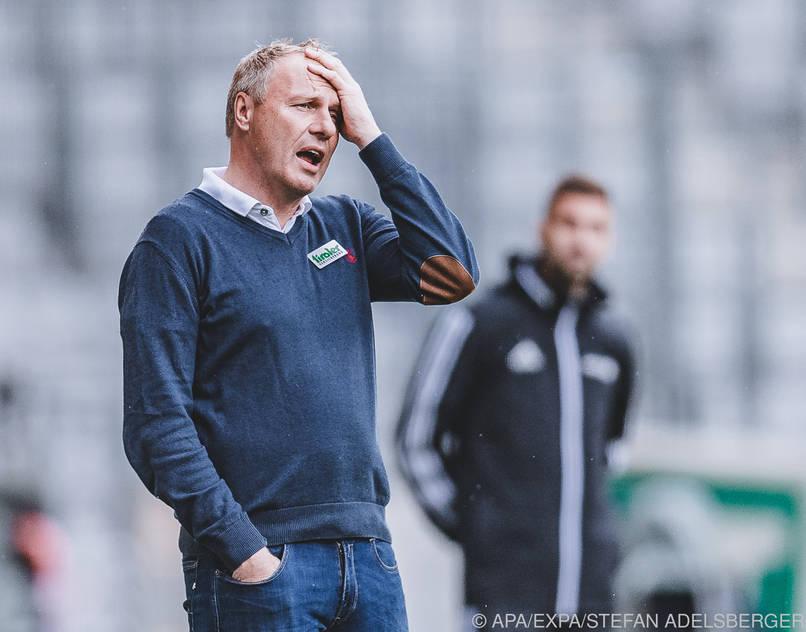 Thomas Silberberger musste sich im Match gegen Sturm Graz ärgern